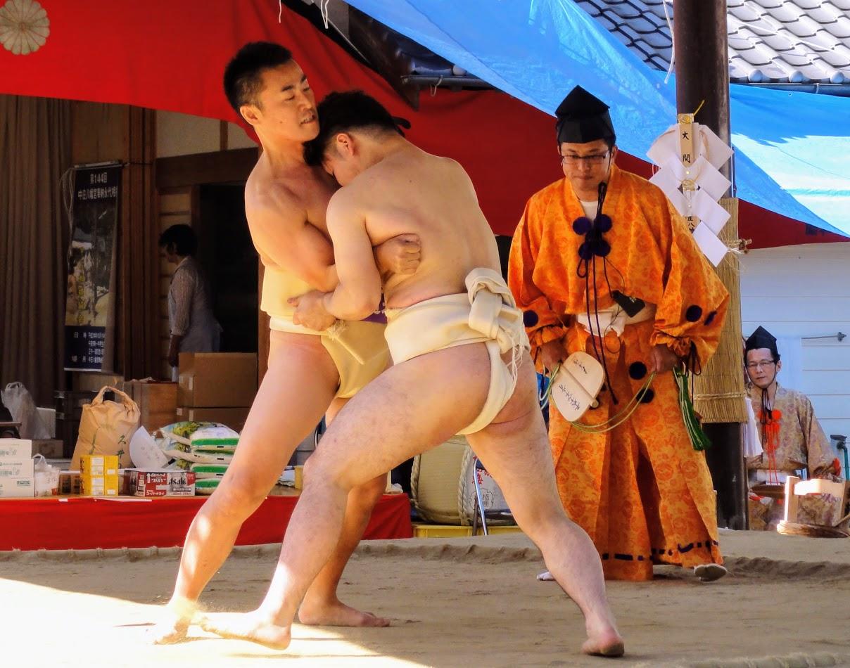 相撲 奉納